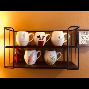 5 Rae Dunn holiday mugs!